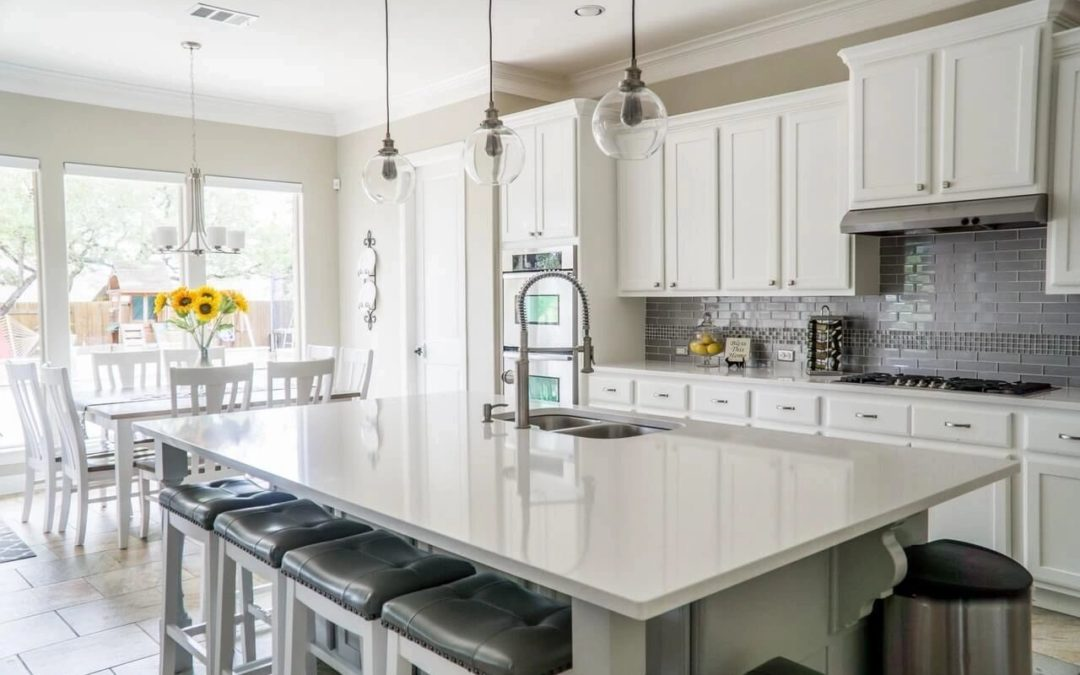 RENOVATE OR REMODEL? HOW DOES IT AFFECT YOUR HOME'S VALUE?